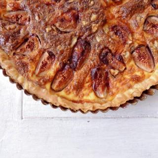 Fig & cheese tart