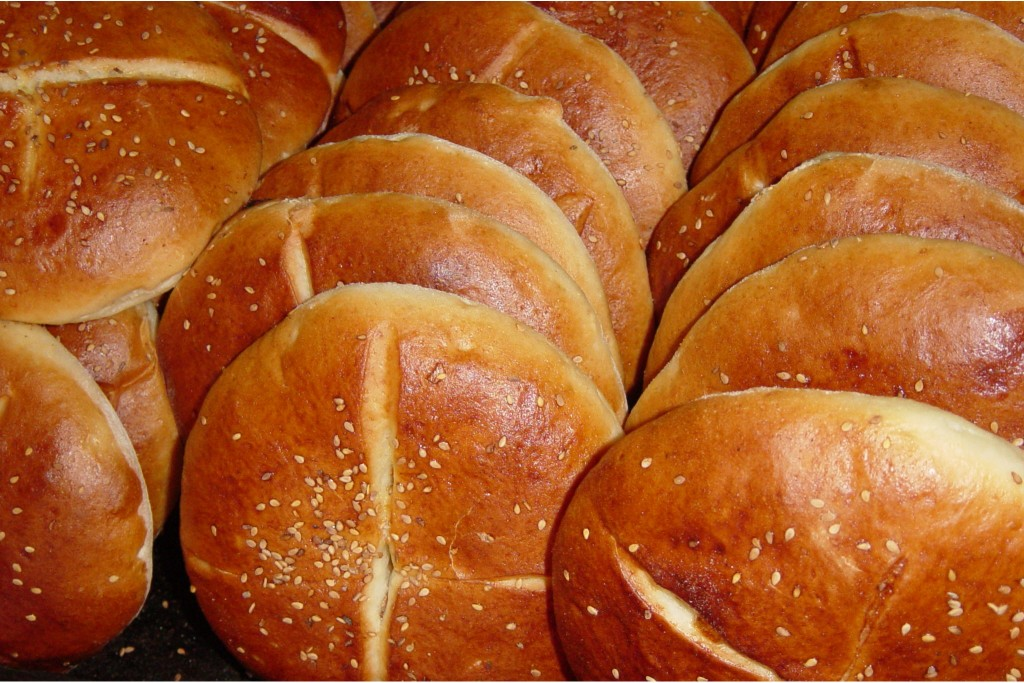 khubz or Moroccan bread - The Petit Gourmet