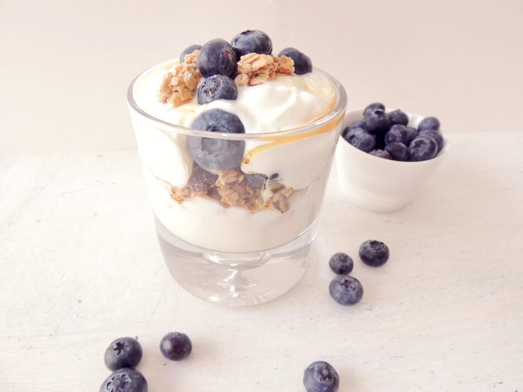 Blueberries and granola yogurt parfait -The Petit Gourmet
