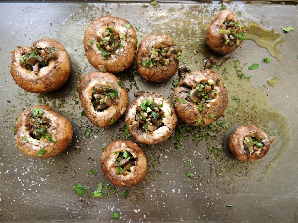 Simple stuffed mushrooms - The Petit Gourmet
