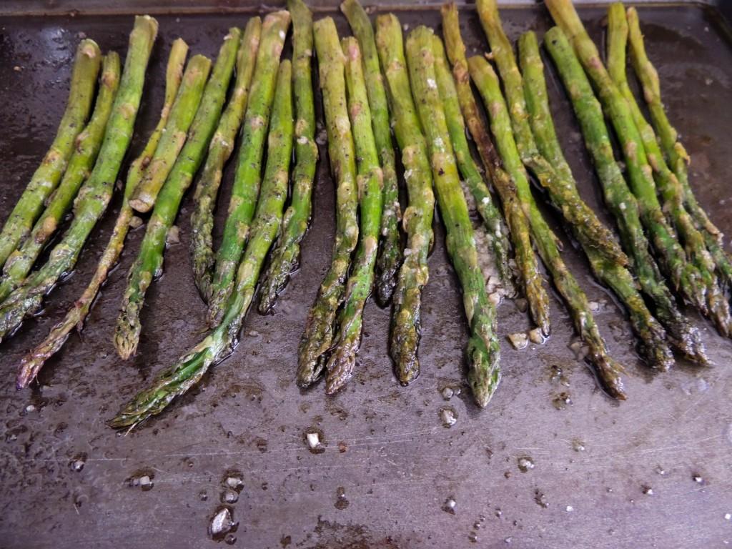 Roasted asparagus - The Petit Gourmet