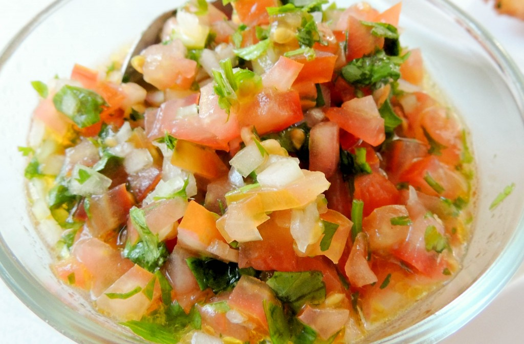 Camarones a la vinagreta (shrimp vinaigrette) - The Petit Gourmet