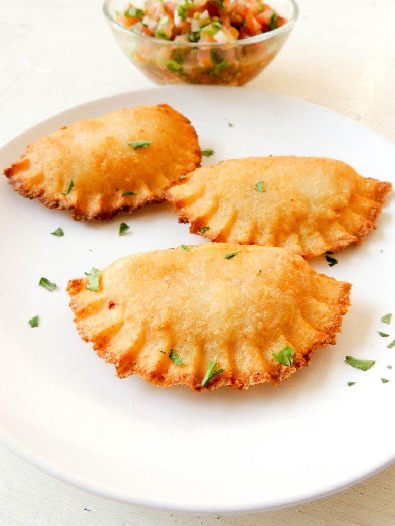 Catibias o Cativias (Dominican Yucca Empanadas) #SundaySupper - The Petit Gourmet