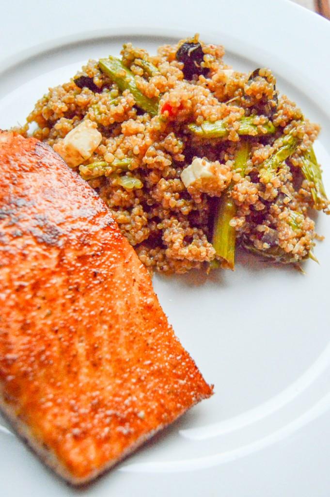 Greek Quinoa Salad - The Petit Gourmet