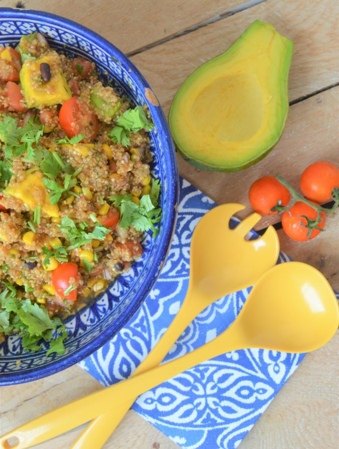 How to easily make a colorful quinoa salad
