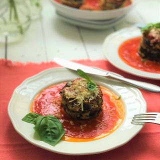 Crunchy breaded eggplant parmesan